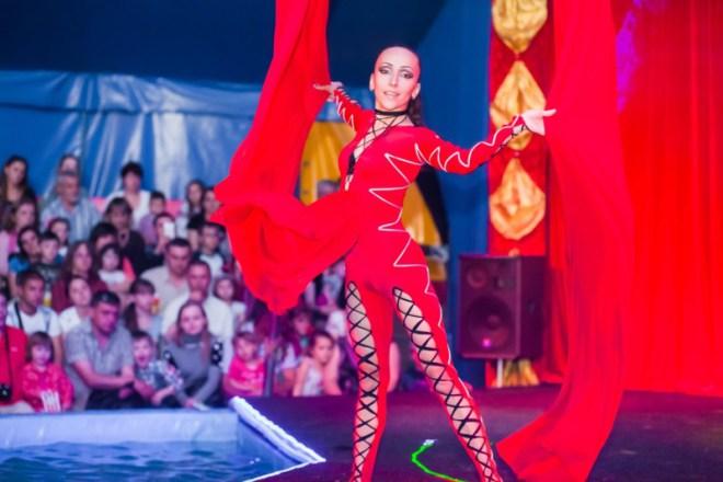 цирк на воде «Ривьера» Измаил