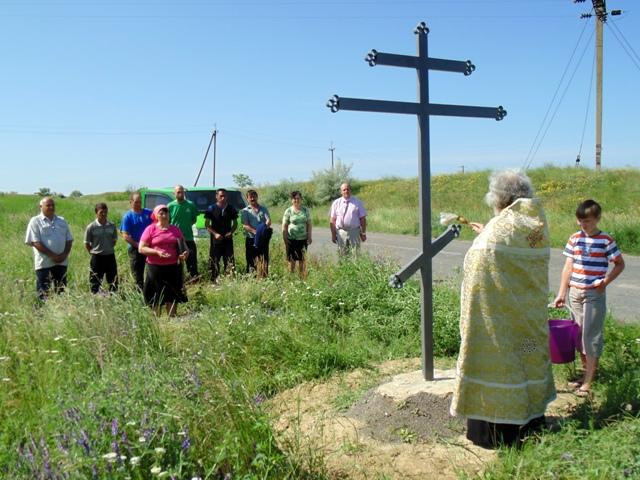 В селе Новоозерное открылась новая детская площадка